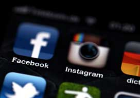 FaceBook's Instagram buyout raises FTC eyebrows
