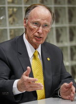 AL Gov Robert Bentley MD -small