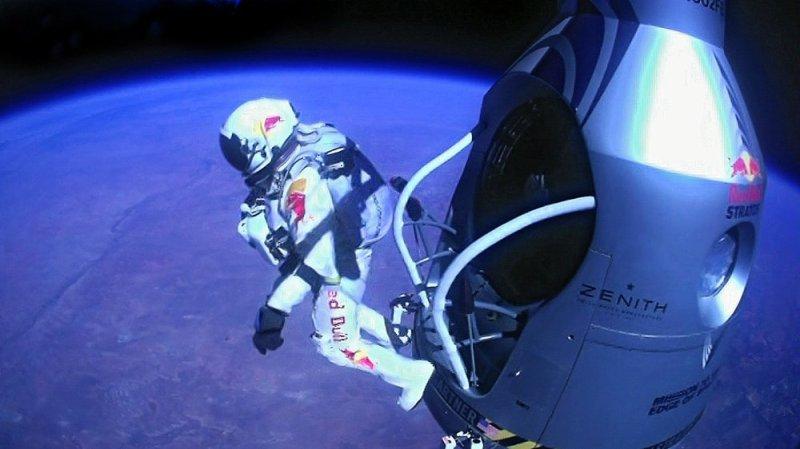 Felix Baumgartner stepping off ledge
