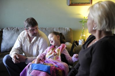 Randy Smith, Gracelynn Smith, 5, and Deedee Smith during an interview in their home Monday, November 19, 2012 in Athens, Ala. (Eric Schultz / eschultz@al.com)